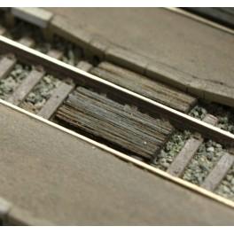 46504 - Passages planchéiés étroits